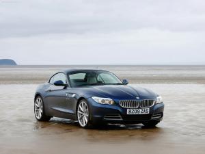 BMW_Z4_UK_Version_2010_1600x1200_wallpaper_05.jpg