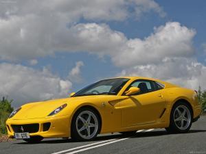 Ferrari_599_GTB_Fiorano_HGTE_2010_1600x1200_wallpaper_06.jpg